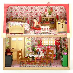 Sylvanian Families Fully Furnished & Cath Kidston Decorated House + Accessories   eBay Sylvanian Families House, Decoration Originale, Romantic Cottage, Tiny Dolls, Cath Kidston, Doll Furniture, Big Kids, Dollhouse Miniatures, Home Accessories