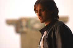 INTRODUCING THE VERY FIRST PICTURE OF JARED LETO I EVER SAW WHEN I JUST THOUGHT IT WAS THE MOST BEAUTIFUL PERSON ON THE PLANET AND I DIDN'T EVEN KNOW HIS NAME OR ANYTHING ABOUT HIM. LORD OF WAR.