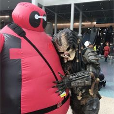 #baypool brings out the #best in #everyone even a #predator #lol this #amazing #cosplay was #totally #awesome at @stanleecomiccon #LAComicCon this past #weekend and he gave the most #gentile #hug Please #tag the #cosplayer if you know who they are! #deadpool #baymax #deadpoolbaymax #costume