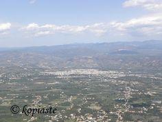 Revithia giahni sti gastra (stewed chickpeas) and a virtual tour to Sparti - Kopiaste.to Greek Hospitality Sparta Greece, Wood Burning Oven, Virtual Tour, Planet Earth, Casserole Dishes, Planets, Tours, Beach, Water