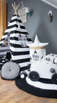 Teepee set children play tent tipi playhouse wigwam tent Tente KIDS lamp light READ SPOT with light stripes - black & white kinderzimmer - Babyzimmer Boys Car Bedroom, Car Themed Bedrooms, Modern Kids Bedroom, Kids Bedroom Furniture, Bedroom Themes, Boy Room, Kids Room, Kids Lamps, Scandinavian Nursery