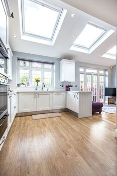 A single-storey kitchen extension in Whitton by L&E (Lofts and Extensions) - don't move extend. Layout Design, Design Ideas, Style At Home, Apartment Therapy, Kitchen Diner Extension, Kitchen Extension Skylights, Ikea, House Extensions, Kitchen Extensions