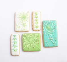 Flowers on square cookies