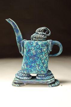 Teapot by Lana Wilson. Pottery Teapots, Ceramic Teapots, Ceramic Pottery, Pottery Art, Ceramic Art, Slab Pottery, Teapots Unique, Tea Pot Set, Tea Art