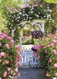 76 Beautiful Front Yard Cottage Garden Landscaping Ideas - All For Garden Garden Shrubs, Diy Garden, Garden Projects, Garden Landscaping, Landscaping Ideas, Herbs Garden, Country Landscaping, Backyard Projects, Garden Beds