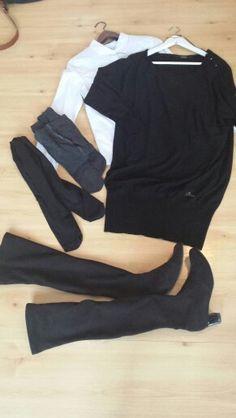 Stripete skjorte, guess strikkakjole, grå eller sort strømpebukse