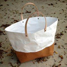Tote Bag with Closure SMALL : Tyvek and Kraft paper tote bag/market bag/handbags/lunch bag/shopping bag/washable bag and eco friendly Large Bags, Small Bags, Papel Tyvek, Small Lunch Bags, Sac Lunch, Sack Bag, Wholesale Bags, Market Bag, Paper Shopping Bag