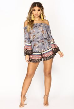 Your Paradise Floral Romper – Blue – Daily Fashion Blue Fashion, Daily Fashion, Girl Fashion, Womens Fashion, Sexy Outfits, Summer Outfits, Cute Outfits, Fashion Outfits, Older Women Fashion
