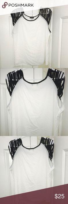 Venus Black And White Blouse Venus Black And White Blouse With Short Sleeves VENUS Tops Blouses