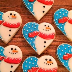 Let's melt some hearts and make adorable snowman sugar cookies! Snowman Cookies, Christmas Sugar Cookies, Heart Cookies, Christmas Treats, Drop Cookies, Holiday Cookies, Christmas Desserts, Christmas Baking, Gingerbread Cookies
