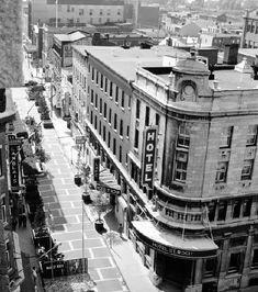 1969, Hotel St-Roch. Quebec Montreal, Old Quebec, Quebec City, Old Photos, Vintage Photos, Chute Montmorency, Chateau Frontenac, Saint Roch, Le Petit Champlain