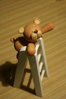 Teddy on a ladder  Carlos Lischetti: SUGAR TOPPERS