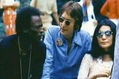 what is the button that John Lennon is wearing in the picture with Miles Davis and Yoko Ono? This is the photo anon is referring to. Esperanza Spalding, Miles Davis, Jazz Musicians, Ringo Starr, Paul Mccartney, John Lennon, Funny Design, Travel Quotes, Good People