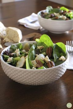 Roasted apple salad with candied pecans - A great starter for Thanksgiving. Vegan & gluten-free | cadryskitchen.com