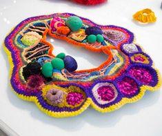 Os acessórios feitos com técnicas de crochê da argentina Jessica Morillo - vem ver mais aqui!