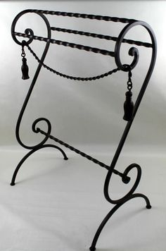 WROUGHT IRON QUILT/TOWEL RACK SCROLL DESIGN