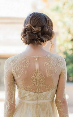 Literary Character Bridal Inspiration with Ashley Noelle Edwards Photographs, Post & Plume, Sevacha Cake and more! Lace Wedding Dress With Sleeves, Gorgeous Wedding Dress, Long Sleeve Wedding, Dream Wedding, Wedding Blog, Wedding Dresses, Wedding Ideas, Wedding Things, Gold Wedding