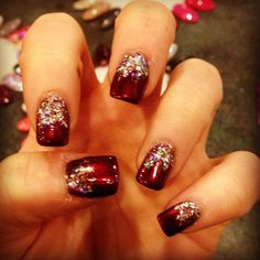 CHristmas manicure #nails #manicure #christmas