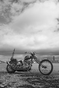 Knucklehead chopperPHOTOGRAPHED BY CICERO DEGUZMAN JR.    viagodspeed4506