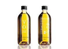 Vale de Ouro by Croqui Design , via Behance Olive Oil Packaging, Bottle Packaging, Oil Bottle, Vodka Bottle, Water Bottle, Olives, Sesame Oil, Bottle Design, Packaging Design