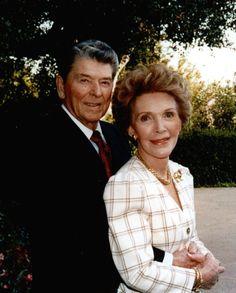 Ronald and Nancy Reagan - a true love story