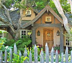Carmel, California cottage Saw this beautiful cottage, while in Carmel! Storybook Homes, Storybook Cottage, Little Cottages, Cottages By The Sea, Cottages And Bungalows, Cabins And Cottages, Fairytale Cottage, Garden Cottage, Cute Cottage
