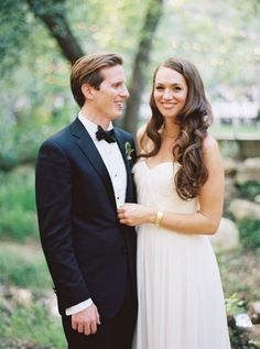 Elegant + whimsical black tie wedding: http://www.stylemepretty.com/california-weddings/topanga-canyon/topanga/2016/02/15/elegant-whimsical-outdoor-topanga-wedding/ | Photography: Kate Weinstein Photo - http://www.kateweinsteinphoto.com/