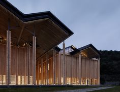 Galería de Centro de conferencias de internet de Shitang / AZL Architects - 1