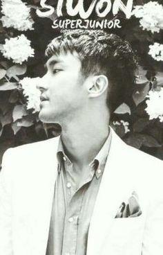 """Acabo de publicar """" Foto de amor  """"de mi historia """" Foto de amor (Choi Siwon) """"."""