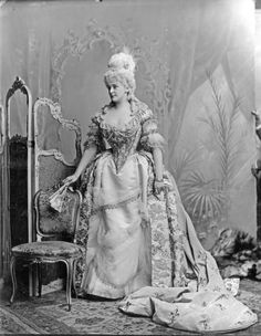 Frances Evelyn (Daisy), Countess of Warwick, née Maynard  (1861-1938)  as Marie Antoinette ,1890s. S)