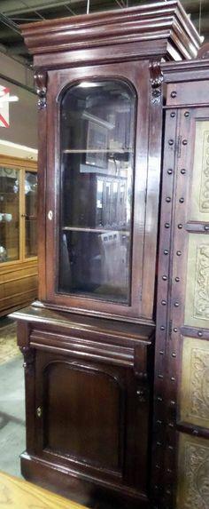 2 Piece Cabinet w/ Glass Door