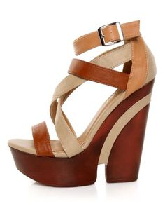 Chunky platform heel sandal in a neutral colorblock