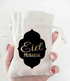 Eid Mubarak Favor Bag I Ramadan Mubarak Gift Bag Eid Crafts, Ramadan Crafts, Ramadan Decorations, Eid Ramadan, Eid Mubarek, Ramadan Mubarak, Eid Mubarak Wishes, Happy Eid Mubarak, Eid Gift Bags