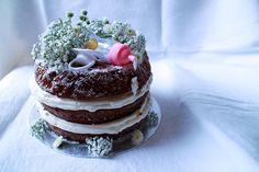 Naked Red Velvet Cake for a classy baby shower.  Custom Cakes | Stephanie Robyn