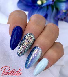 Discover the 10 most popular nail polish colors of all time! - My Nails Glam Nails, Cute Nails, My Nails, Sapphire Nails, Nagellack Design, Nailart, Summer Acrylic Nails, Trendy Nail Art, Short Nail Designs
