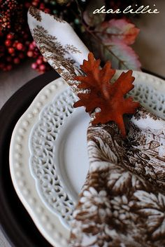 Beautiful for Thanksgiving table setting.