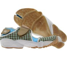 Nike Womens Air Rift Plus (linen / white / blue chill) Nike Air Rift, Fitness Brand, Athletic Wear, Me Too Shoes, Trainers, Chill, Nike Women, Baby Shoes, Pairs