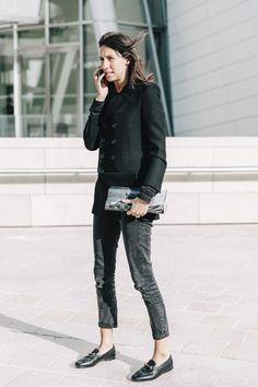 French Vogue editor Emmanuelle Alt in Gucci black Brixton Loafer. Basic and chic.