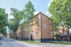 Björkbacksvägen 49, Bromma / Ulvsunda Home Fashion, Mansions, House Styles, Home Decor, Decoration Home, Manor Houses, Room Decor, Villas, Mansion