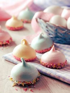 Mini Confetti Meringues Recipe: These Mini Confetti Meringues using Dr. Oetker Gel Food Colours make the perfect party treats. Oetker Sprinkles for the bases.- One of hundreds of delicious recipes from Dr. Cupcakes, Cupcake Cakes, Macaron Cake, Just Desserts, Delicious Desserts, Yummy Food, Yummy Treats, Sweet Treats, Cookie Recipes