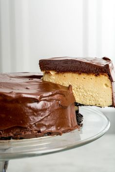 Adults-Only Fudgy Bailey's Cheesecake | It's spiked with Bailey's and has an Oreo crust—need we say more?
