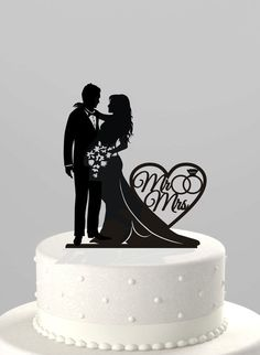 "Wedding Cakes Wedding Cake Topper Silhouette Bride and Groom, Your Choice: ""Mr & Mrs"" or ""Just Married,"" Acrylic Cake Topper [CT66]"
