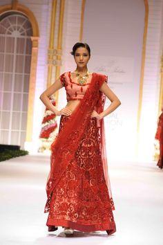 pallavi-jaikishan-bridal-collection-2014-10.jpg (2832×4256)