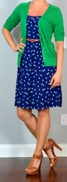 Love the color combo of blue and green!  This would be a great St. Patrick's Day work outfit!