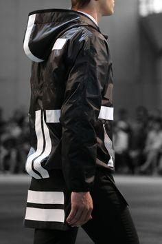 Givenchy Spring 2015 Menswear Fashion Show Dark Fashion, Urban Fashion, High Fashion, Fashion Show, Street Fashion, Street Goth, Street Wear, Fashion Moda, Mens Fashion