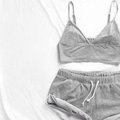 summer grey shirt cotton grunge so cute dress shorts grey crop tanktop tank top crop tops bralette sweats workout outfits workout clothes grey sweatpants grey tank top