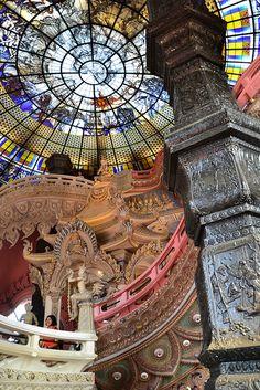 Erawan Museum - Erawan Museum (พิพิธภัณฑ์ช้างเอราวัณ) is a museum in Samut Prakan, Thailand by yuankuei