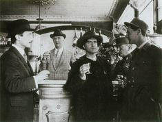 Modigliani with fellow artists