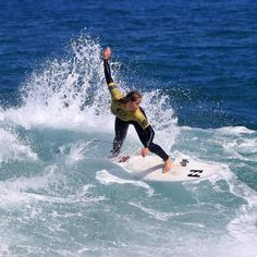 #australia #beach #canon #canonaustralia  #redhotshotz #redhotshotzsportsphotography #surf #surfphotography #surfporn #surfinglocations #froth #waves #rippingit #surflords #aussie #actionphotography #sportsphotography #throwingbuckets #surfart #surflife #surf_shots #janjucbeach #ripcurl_aus #gromsearch2015  #greatoceanroad #visitgreatoceanroad @surflords @surfvisuals @greatoceanroad @surfingvictoria @girlsurfnetwork by red_hot_shotz