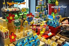 AZUCAR FLOR party studio: Gallina Pintadita